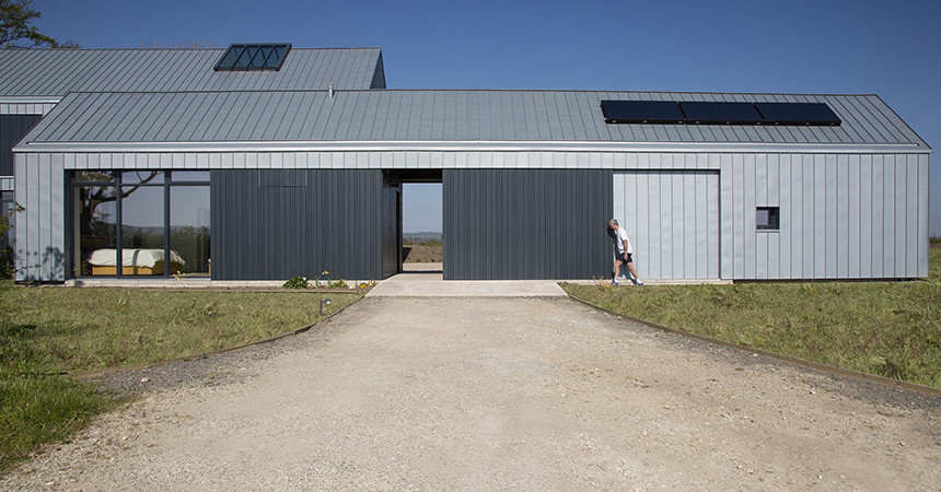 Contemporary farmbuilding and steading in ayrshire